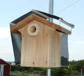 Nestbox with heat shield